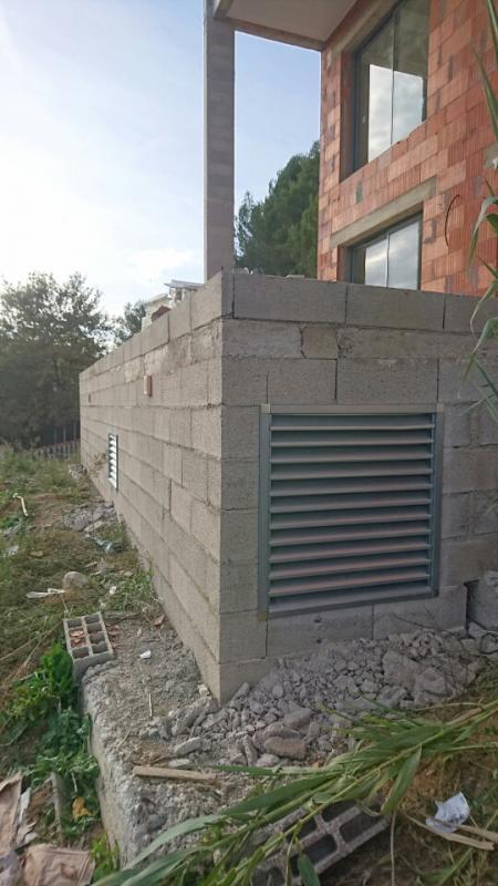 Installation climatisation r versible 34 montpellier castries - Grille ventilation vide sanitaire ...